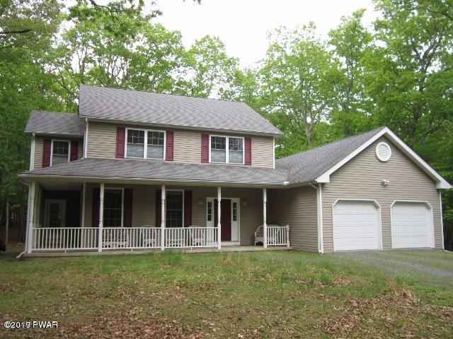 177 Independence Dr, Lackawaxen, PA 18435