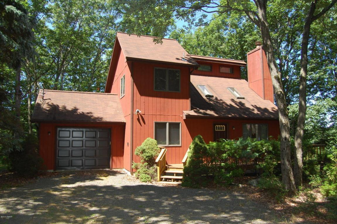 138 West End Drive, Lords Valley, PA 18428