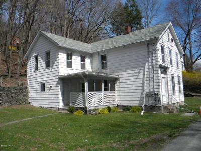 Photo of 519/521 Hudson St, Hawley, PA 18428