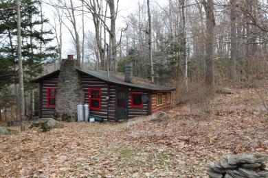 78 Pleasant Valley Rd, Starrucca, PA 18462