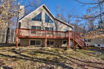 Photo of 1067 Deer Valley Rd, Lake Ariel, PA 18436