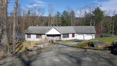 Photo of 320 Tink Wig Dr, Hawley, PA 18428