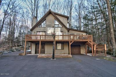 Photo of 3626 Chestnuthill Dr, Lake Ariel, PA 18436