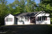 196 Ridgewood Cir, Lake Ariel, PA 18436
