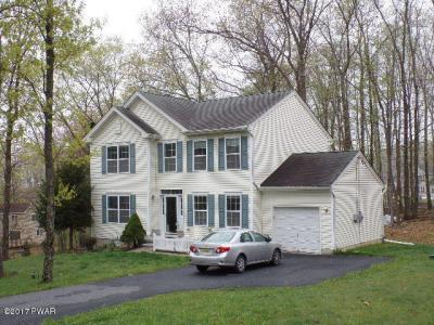 Photo of 106 Warwick Ct, Bushkill, PA 18324