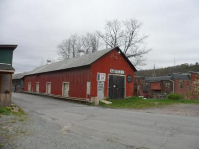 72 Commercial St, Honesdale, PA 18431