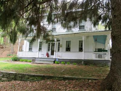 Photo of 260 Dillontown Rd, Equinunk, PA 18417