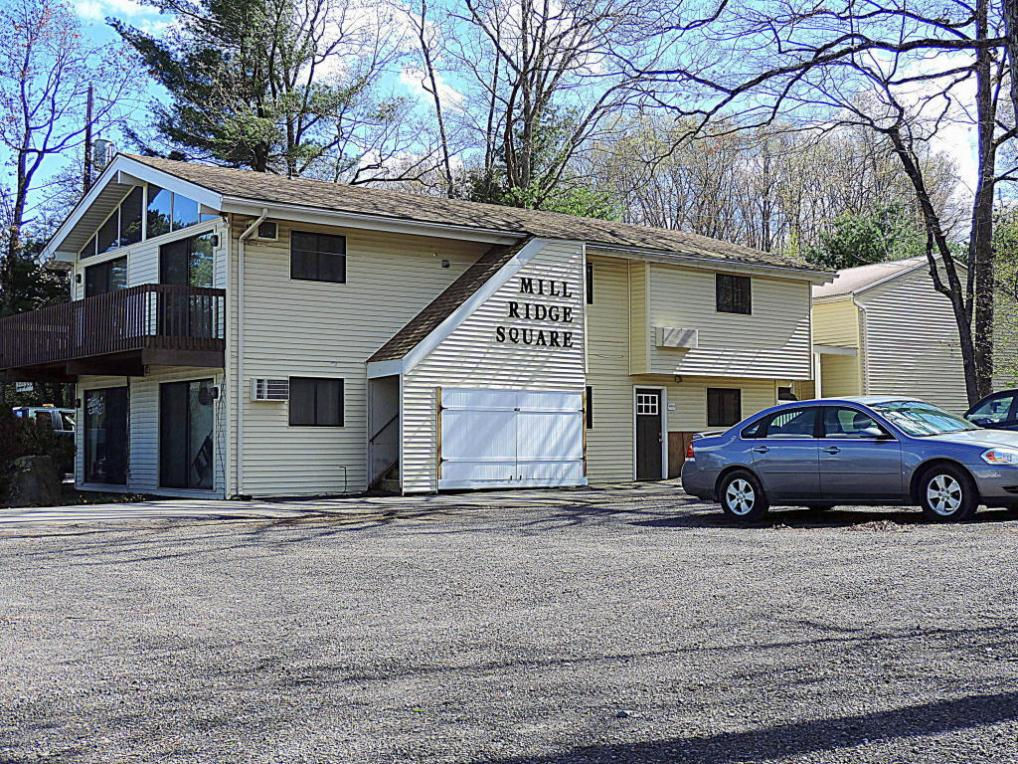 657 Route 739, Lords Valley, PA 18428