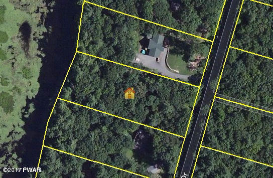 Waterview Dr, Hawley, PA 18428