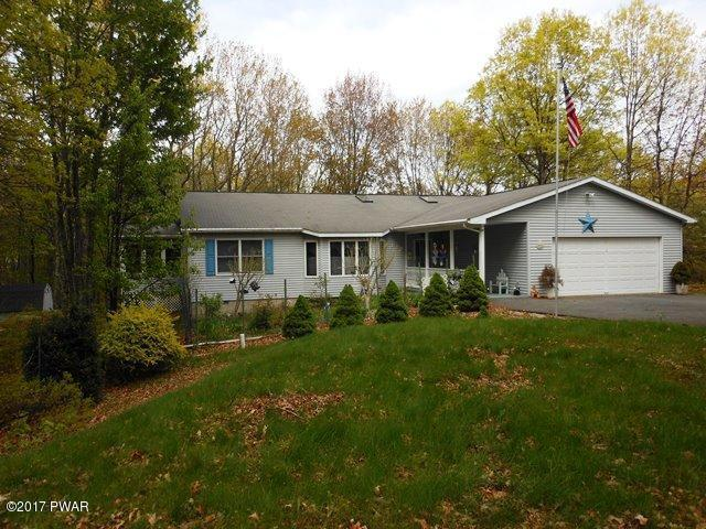 801 Wagoner Pl, Lords Valley, PA 18428