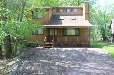 Photo of 3997 Par Ct, Lake Ariel, PA 18436