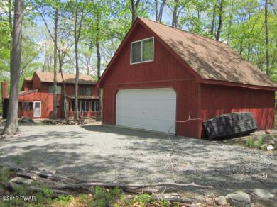 144 Rainbow Dr, Lackawaxen, PA 18435