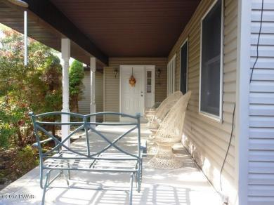 107 Rodeo Dr, Lords Valley, PA 18428