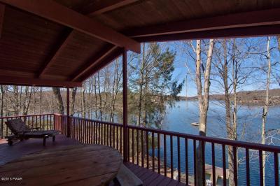 Photo of 596 Pocono Ct, Lake Ariel, PA 18436
