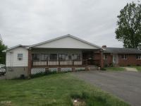 187 Chapman Rd, Lake Ariel, PA 18436