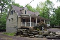 1032 Bear Trail Rd, Lake Ariel, PA 18436