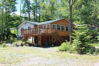 306 Sunset Shore Dr, Hawley, PA 18428