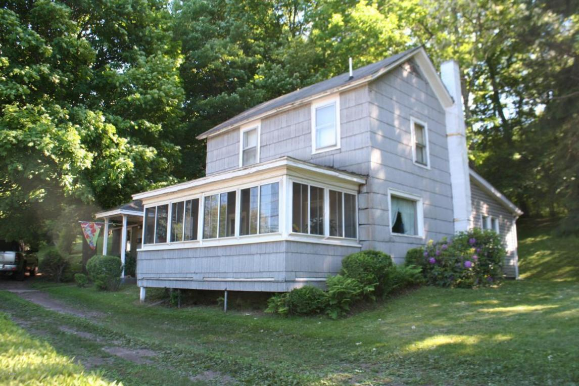 296 Erie St, Honesdale, PA 18431
