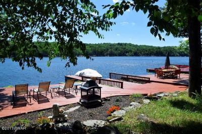 Photo of 1538 Lakeview Dr, Lake Ariel, PA 18436