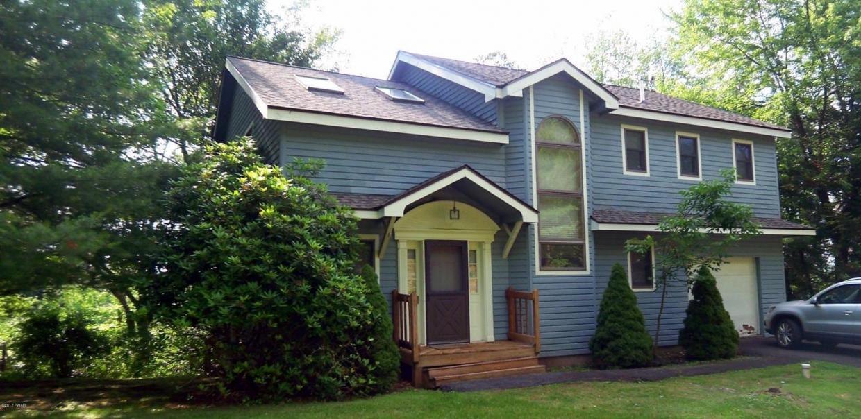 103 Marina Village Ln, Greentown, PA 18426