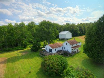 Photo of 162 Rodenburg Rd, Equinunk, PA 18417