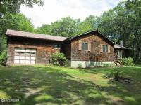 149 Old Mill Dr, Shohola, PA 18458