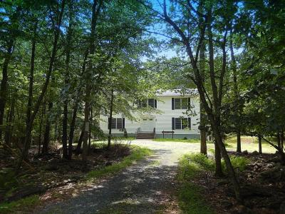 Photo of 102 Forest View Drive, Hawley, PA 18428