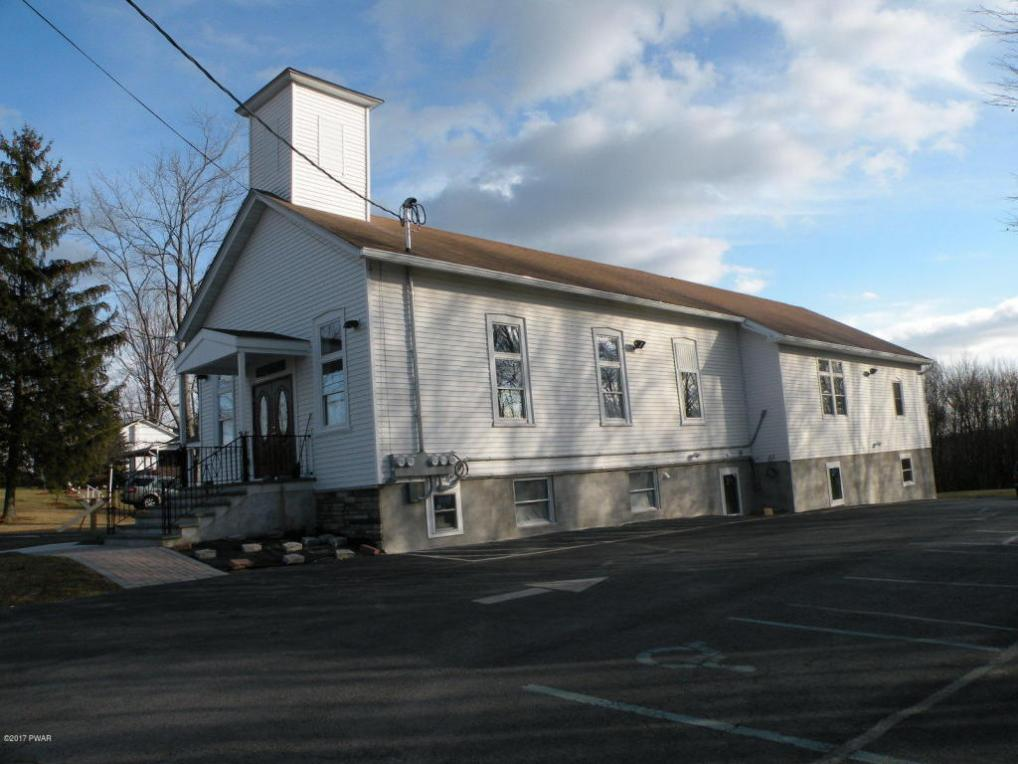 186 Ledgedale Rd, Lake Ariel, PA 18436