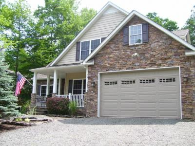 Photo of 1037 Boathouse Rd, Lake Ariel, PA 18436