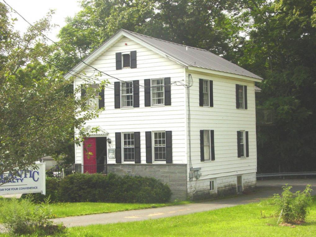 311 E Harford St, Milford, PA 18337