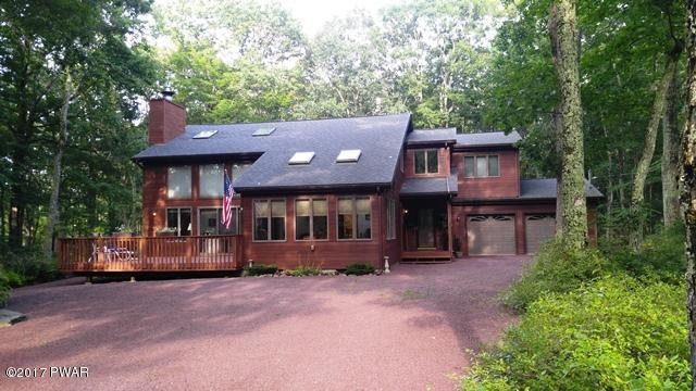 309 Maple Ridge Dr, Lords Valley, PA 18428