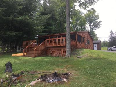 Photo of 575A Duck Harbor Rd, Equinunk, PA 18417
