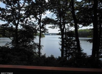 Photo of 809 Widgeon Ct, Lords Valley, PA 18428