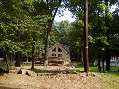 Photo of 1006 Lakeview Court, Lake Ariel, PA 18436