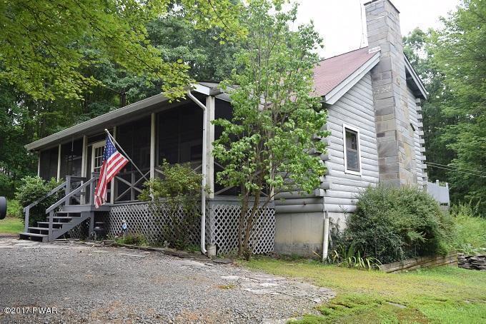 97 Fern Dr, Hawley, PA 18428