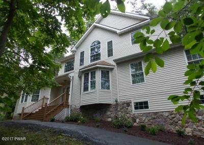 Photo of 1042 Sky View Dr, East Stroudsburg, PA 18302