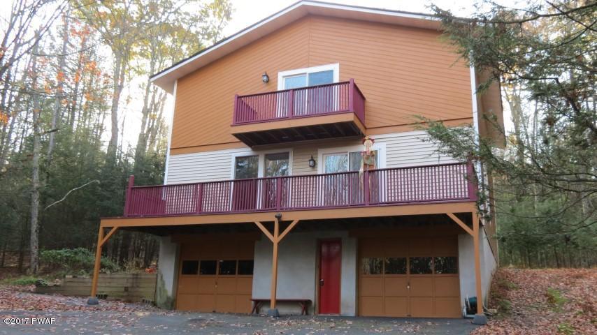 47 Johns Rd, Lake Huntington, NY 12752