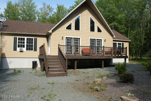 1703 Windemere Ct, Lake Ariel, PA 18436