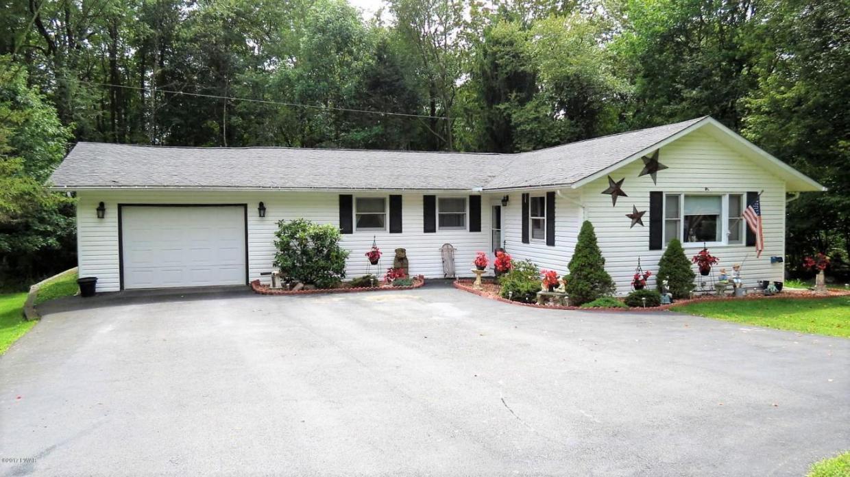 208 Roemerville Rd, Greentown, PA 18426