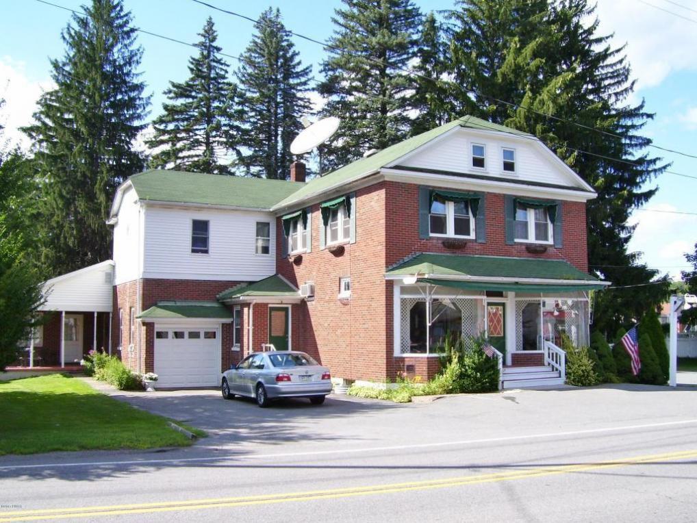 955 Main St, Newfoundland, PA 18445