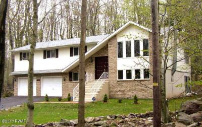 Photo of 1113 Cobblewood Rd, Newfoundland, PA 18445