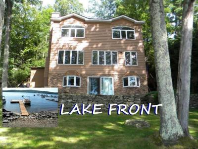 Photo of 104 Crestview Dr, Lakeville, PA 18438