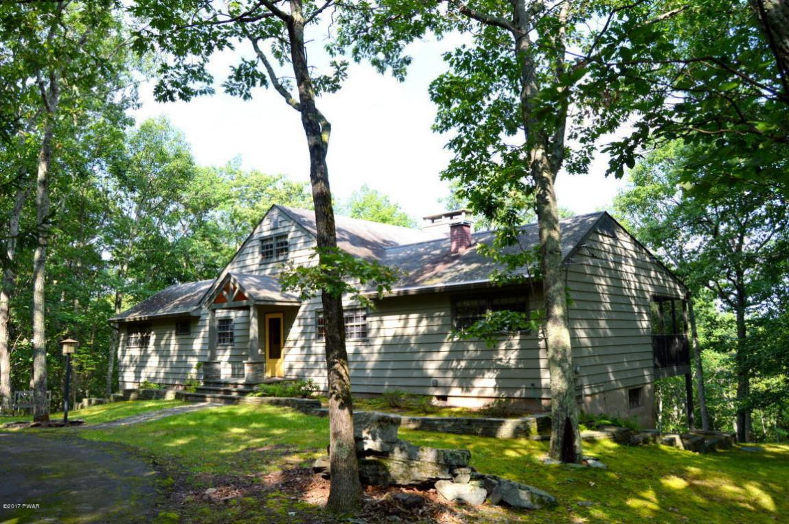 127 Mount Ogden Rd, Hawley, PA 18428