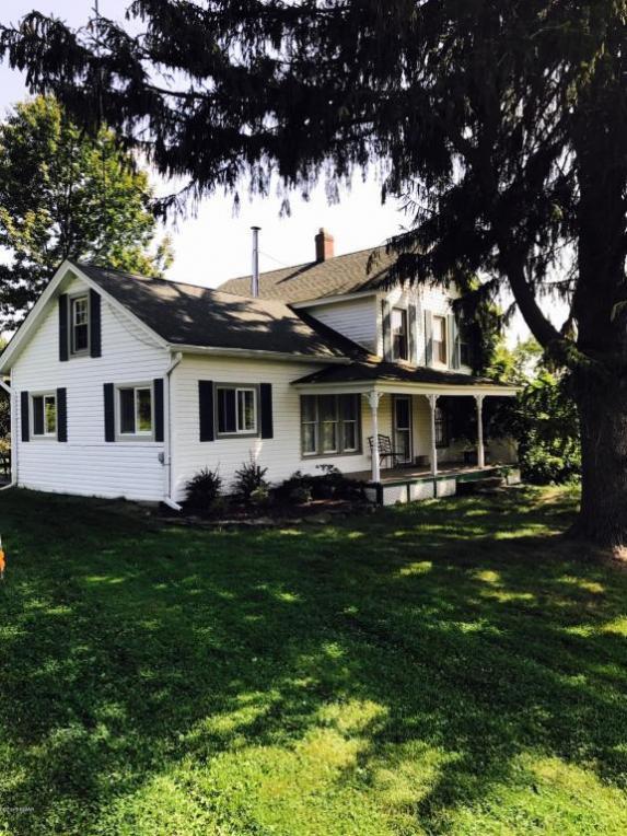 1034 Belmont Tpke, Waymart, PA 18472