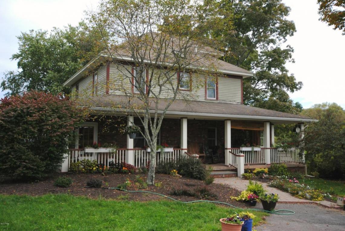 19 Adams Pond Rd, Hawley, PA 18428