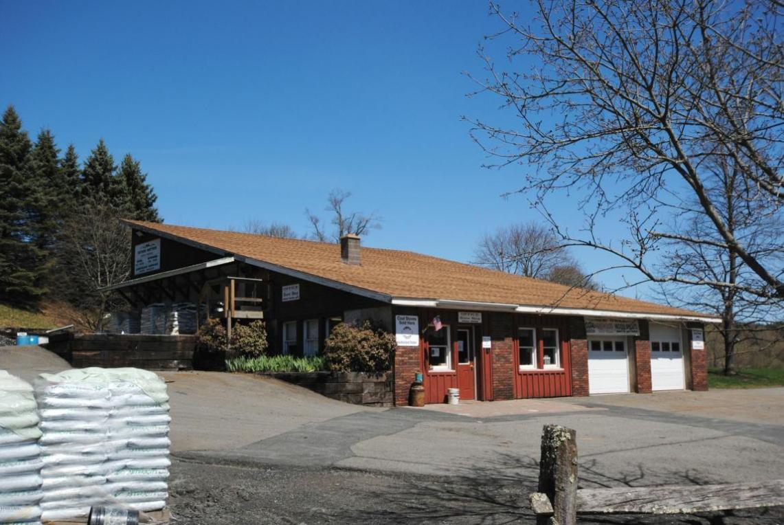 200 Bethel School Rd, Hawley, PA 18428