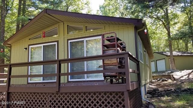 230 Eagle Rock Rd, Lackawaxen, PA 18435