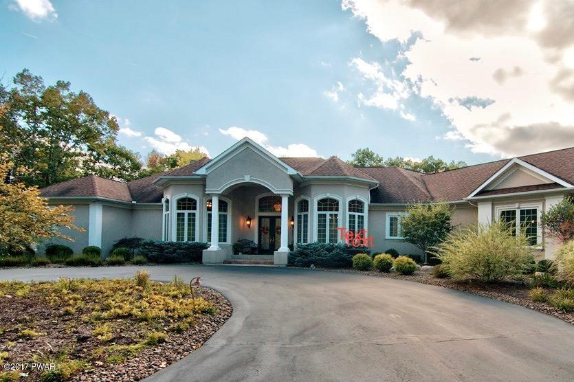 253 Windsor Way, Roaring Brook Township, PA 18444