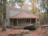 243 Eagle Rock Rd, Lackawaxen, PA 18435