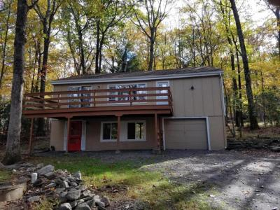 Photo of 611 Forest Dr, Lords Valley, PA 18428